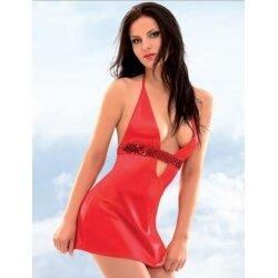 Яркое красное платье с глубоким вырезом